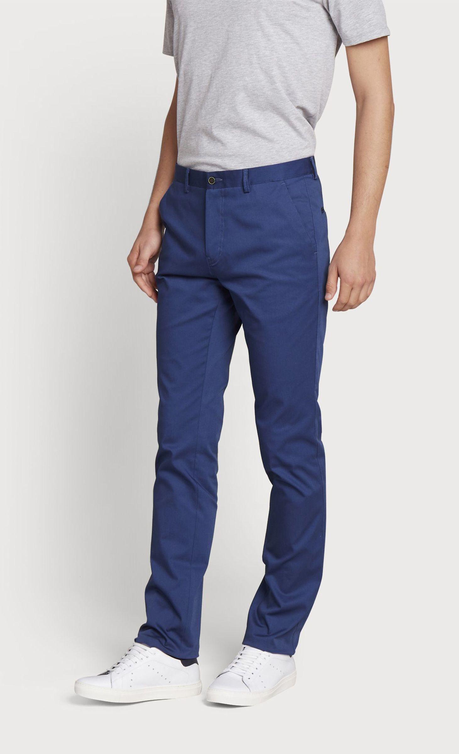 Pantalon slack bleu saphir coupe ajustée